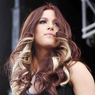 Cassadee Pope, Hey Monday in The ACM Experience