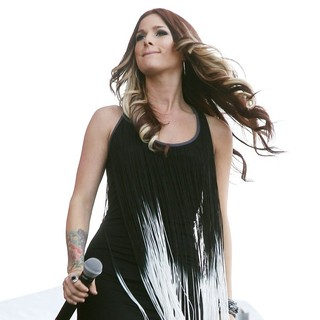 Hey Monday in The ACM Experience - cassadee-pope-acm-experience-08