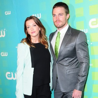Katie Cassidy, Stephen Amell in 2012 The CW Upfront Presentation
