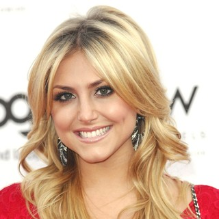 Cassie Scerbo in LOGO's 2012 NewNowNext Awards