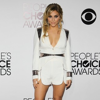 Cassie Scerbo in The 40th Annual People's Choice Awards - Arrivals