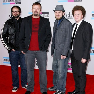 Casting Crowns in 2010 American Music Awards - Arrivals - casting-crowns-2010-american-music-awards-01