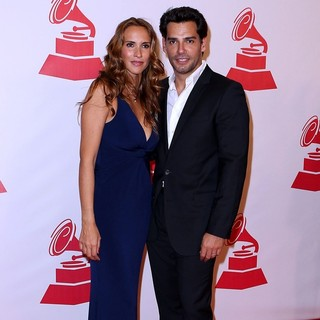 Angelica Castro, Cristian de la Fuente in 2011 Latin Recording Academy Person of The Year Tribute to Shakira