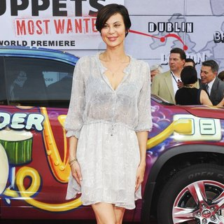 Los Angeles Premiere of Disney's Muppets Most Wanted - Red Carpet Arrivals - catherine-bell-premiere-muppets-most-wanted-05