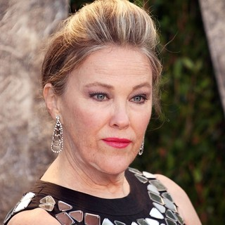 Catherine O'Hara in 2012 Vanity Fair Oscar Party - Arrivals