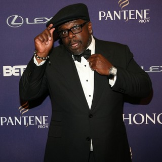 Cedric the Entertainer in BET Honors 2013: Red Carpet Presented by Pantene - Arrivals