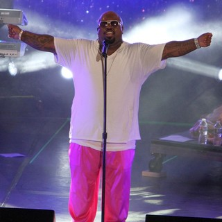 Cee-Lo in Escape to Total Rewards Los Angeles - Performances - cee-lo-escape-to-total-rewards-los-angeles-performances-06