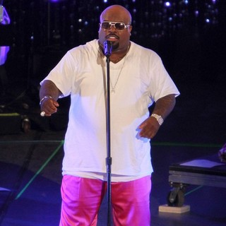 Cee-Lo in Escape to Total Rewards Los Angeles - Performances