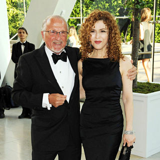 Stan Herman, Bernadette Peters in 2010 CFDA Fashion Awards - Arrivals