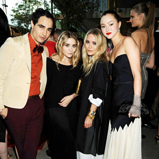 Zac Posen, Mary-Kate Olsen, Ashley Olsen, Devon Aoki in 2010 CFDA Fashion Awards - Arrivals
