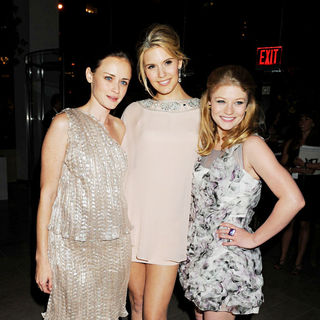Alexis Bledel, Maggie Grace, Emilie de Ravin in 2010 CFDA Fashion Awards - Arrivals