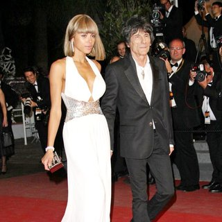 Ana Araujo, Ronnie Wood in 2011 Cannes International Film Festival - Day 8 - Melancholia - Premiere