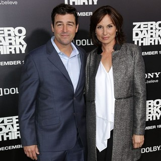 Kyle Chandler in Los Angeles Premiere of Columbia Pictures' Zero Dark Thirty - chandler-premiere-zero-dark-thirty-02