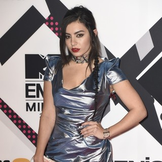 Charli XCX - The 2015 MTV European Music Awards - Arrivals