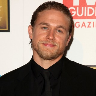 Charlie Hunnam in 2012 Critics' Choice TV Awards - Arrivals