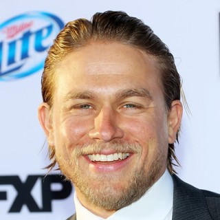 Charlie Hunnam in Premiere of FX's Sons of Anarchy Season Six - Arrivals