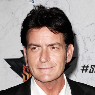 Charlie Sheen in Comedy Central Roast of Charlie Sheen - Arrivals
