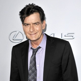 Charlie Sheen in Los Angeles Premiere of Scary Movie 5