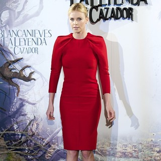 Charlize Theron in Snow White and the Huntsman Photocall