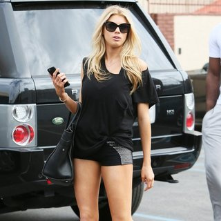 Charlotte McKinney in Charlotte McKinney Leaves Dance Rehearsal for Dancing with the Stars