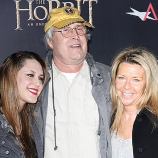 Cydney Cathalene Chase, Chevy Chase, Jayni Luke in Premiere of The Hobbit: An Unexpected Journey