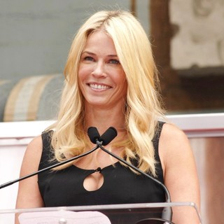 Chelsea Handler in Jennifer Aniston Is Honoured with A Hand and Footprint Ceremony