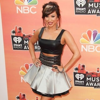 Cheryl Burke in 2014 iHeartRadio Music Awards - Arrivals - cheryl-burke-2014-iheartradio-music-awards-02