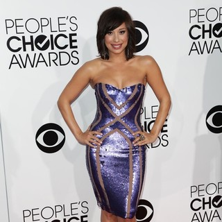 Cheryl Burke in The 40th Annual People's Choice Awards - Arrivals - cheryl-burke-40th-annual-people-s-choice-awards-01