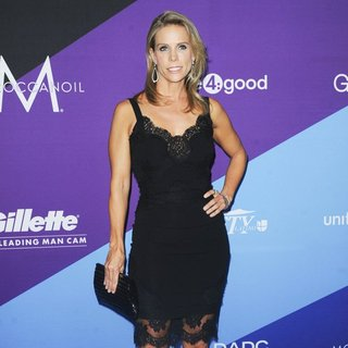 Cheryl Hines in unite4:good and Variety Present unite4:humanity