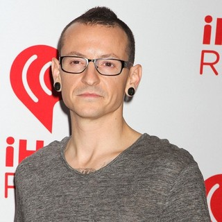 Chester Bennington, Linkin Park in 2012 iHeartRadio Music Festival - Day 2 - Arrivals