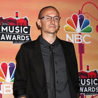 Chester Bennington, Linkin Park in 2014 iHeartRadio Music Awards - Press Room