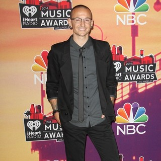 Chester Bennington in 2014 iHeartRadio Music Awards - Press Room
