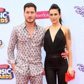 2015 Radio Disney Music Awards - Arrivals