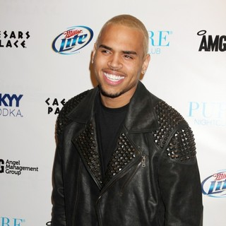 Chris Brown in Chris Brown Celebrates His 22nd Birthday