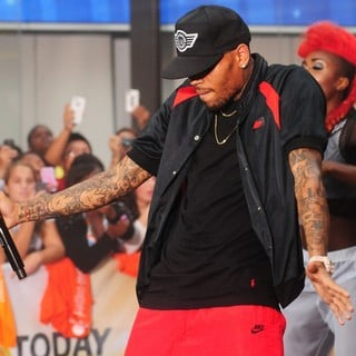 Chris Brown - Chris Brown Performs on The Today Show as Part of Their NBC Toyota Concert Series