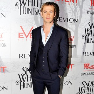 Chris Hemsworth in Australian Premiere of Snow White and the Huntsman - Arrivals