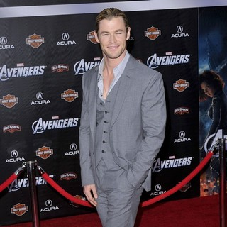 Chris Hemsworth in World Premiere of The Avengers - Arrivals