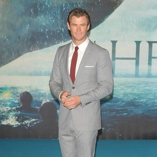 Chris Hemsworth - The European Premiere of In the Heart of the Sea - Arrivals