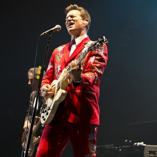Chris Isaak in Chris Isaak Performing Live