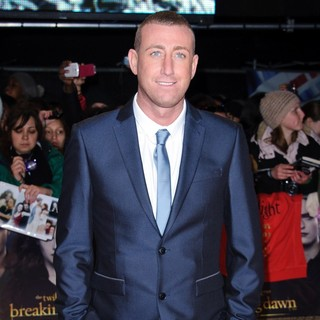 Chris Maloney in The Premiere of The Twilight Saga's Breaking Dawn Part II - Arrivals