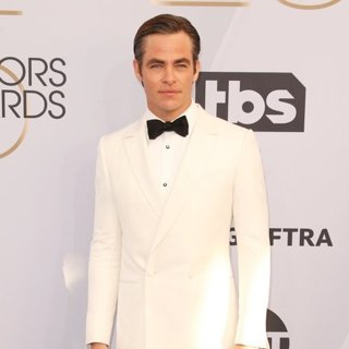 Chris Pine in 25th Annual Screen Actors Guild Awards - Arrivals
