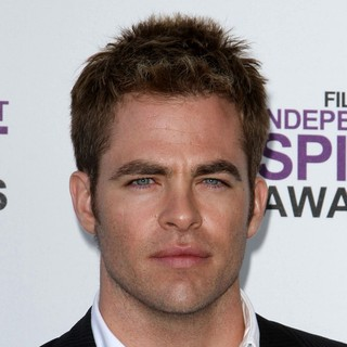 Chris Pine in 27th Annual Independent Spirit Awards - Arrivals
