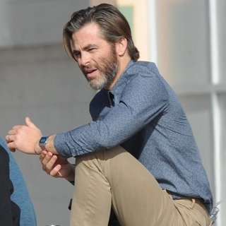 Chris Pine - On The Set of A Wrinkle in Time