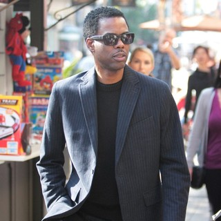 Chris Rock in Chris Rock Seen Shopping
