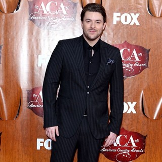 Chris Young in 2011 American Country Awards - Arrivals - chris-young-2011-american-country-awards-01