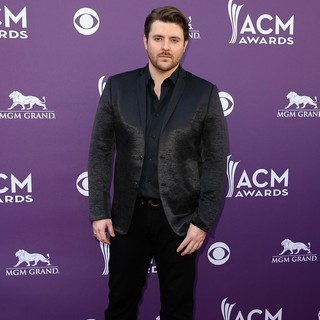 Chris Young in 48th Annual ACM Awards - Arrivals - chris-young-48th-annual-acm-awards-04