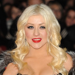 Christina Aguilera in Burlesque UK Film Premiere - Arrivals