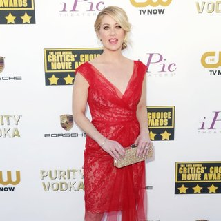 Christina Applegate in The 19th Annual Critics' Choice Awards - christina-applegate-19th-annual-critics-choice-awards-05