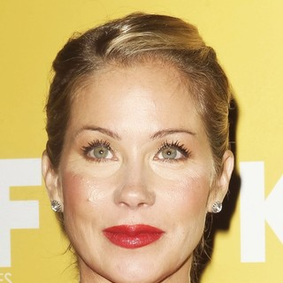 Christina Applegate in Women in Film 2012 Crystal + Lucy Awards - Arrivals - christina-applegate-women-in-film-2012-crystal-01