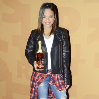 Christina Milian Signs Bottles of Her Viva Diva Wines